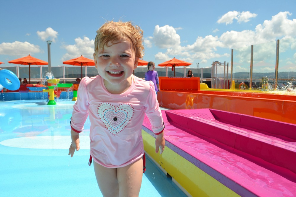 Claire's daughter on the Carnival Vista (cruisingkids.co.uk)