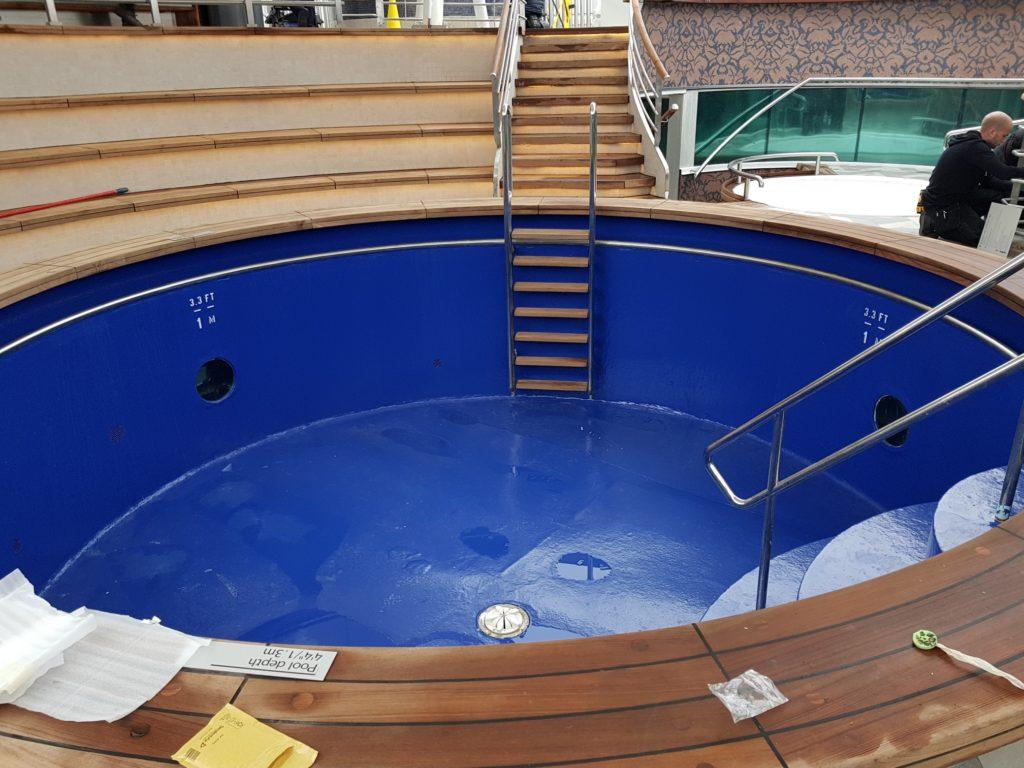 Terrace pool